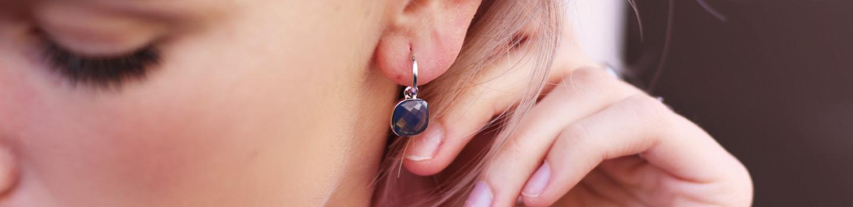Edelsteen oorbellen