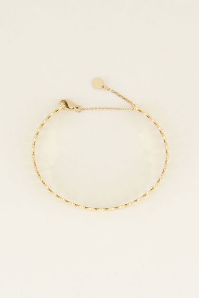 Armband mit kleinen Ovalen
