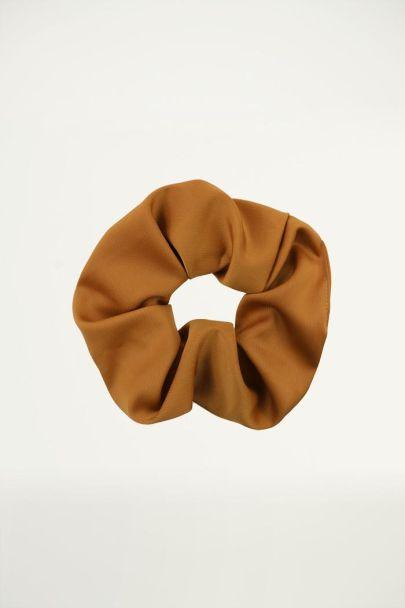 Bruine scrunchie basic, Haarelastiekje