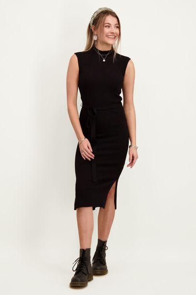 Zwarte jurk met split