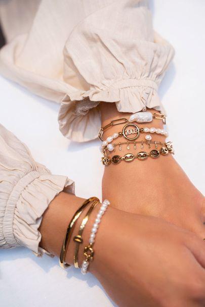 Armband met brede parel