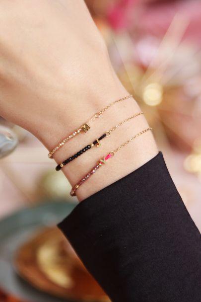 Beige kralen armband met initial