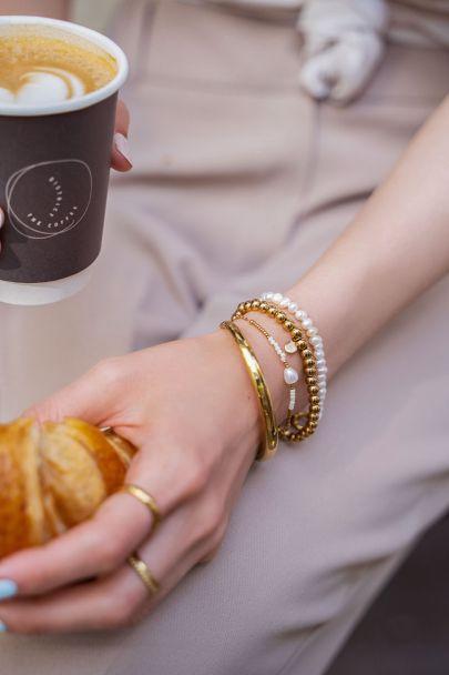 Armband mit Perlen und Perle