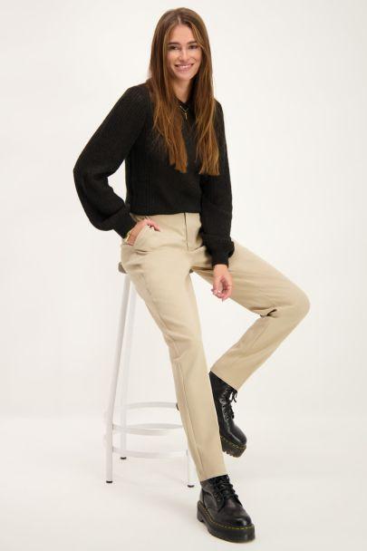 Beige pantalon met persvouwen