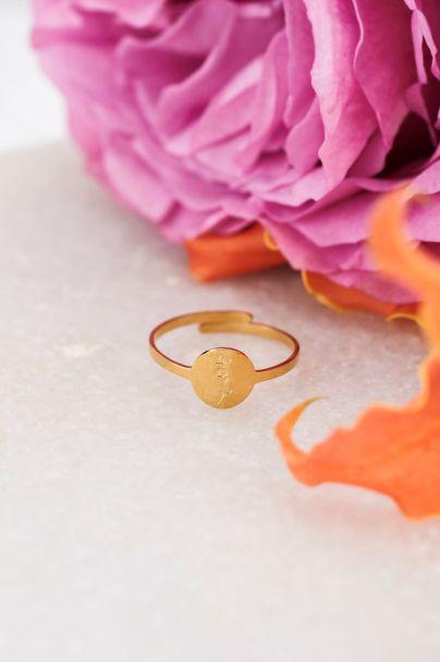 Birthflower ring