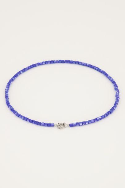 Blauwe kralenketting met slotje