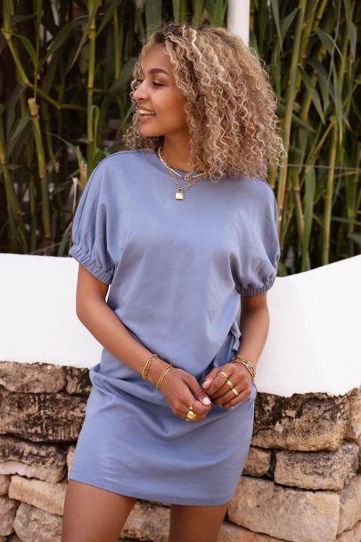 Blauwe jurk met elastieke mouwen
