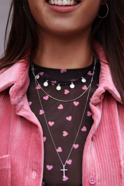 Doppelte Halskette mit Kreuz
