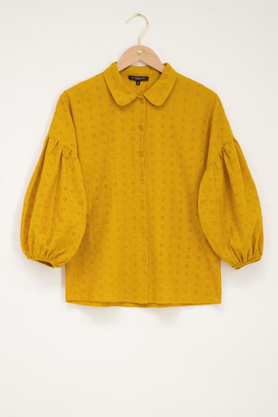 Okergele blouse met embroidery