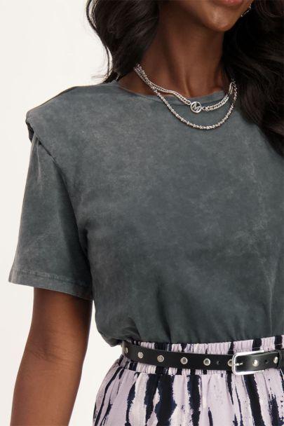 Grijs T-shirt met schoudervulling