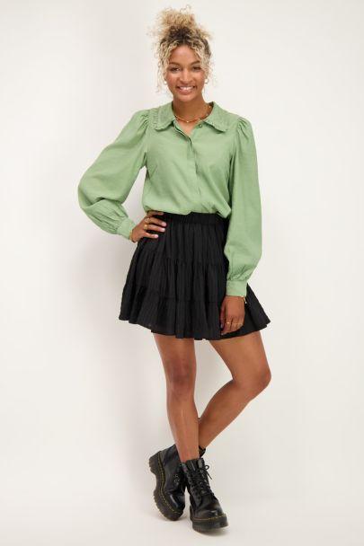 Groene blouse met ruffle kraagje