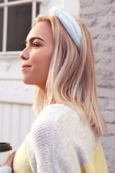 Blauwe fluffy haarband
