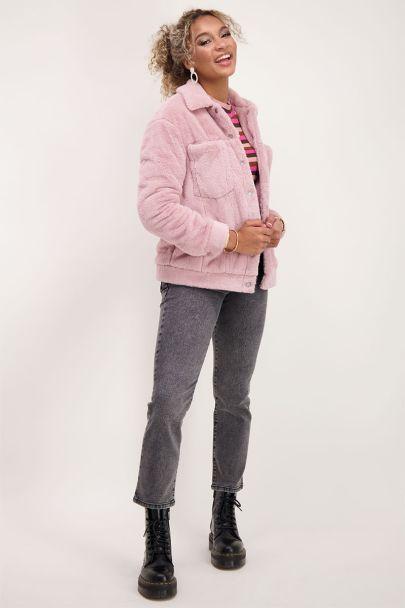 Roze imitatiebont jas