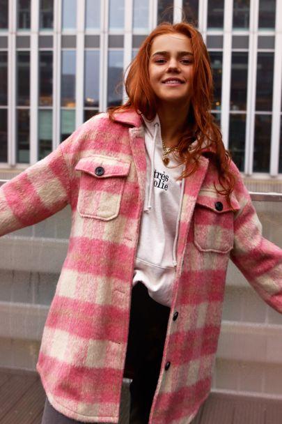 Roze lange jas met ruiten