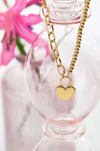 Halskette mit Herzschloss