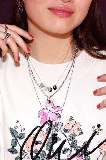 Halskette mit Glücksringen