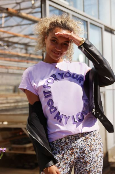 Lila shirt do it for yourself