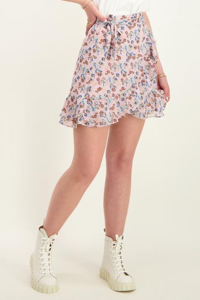 Lilac wrapskirt with floral print