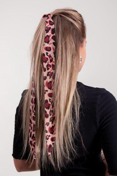 Roze haar sjaaltje luipaard