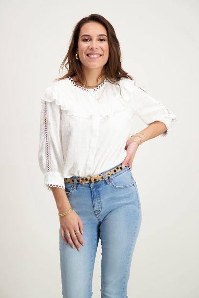 Witte blouse ruffles & stipjes
