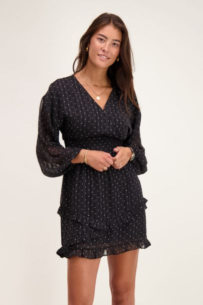 Black-and-white dress with dots & balloon sleeves