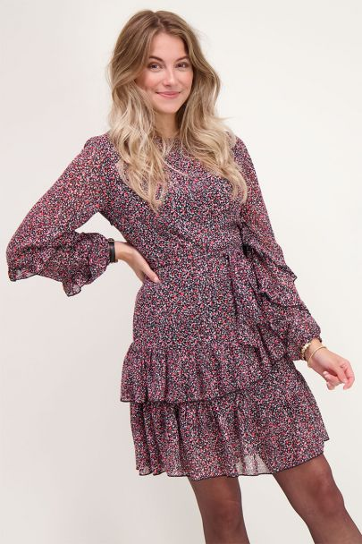 Roze jurk met bloemenprint en ruffle
