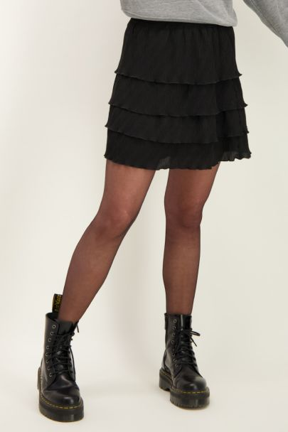 Black skirt with layers and structure