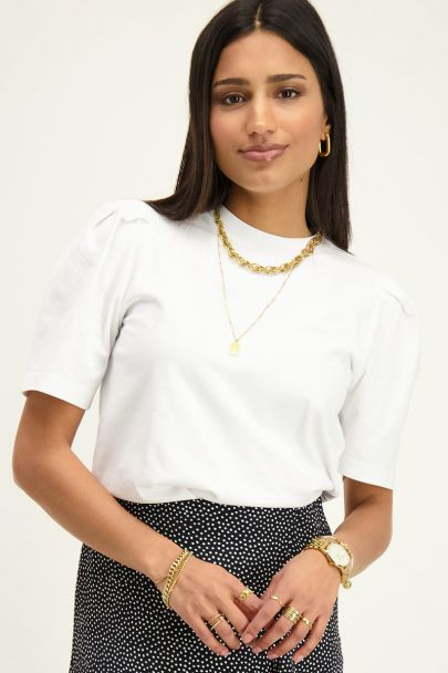 White top with puff sleeves