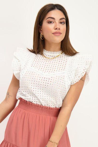 Witte embroidery top met ruffle mouw