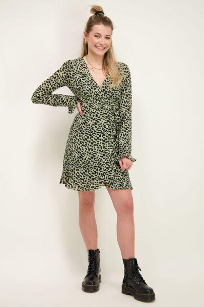 Groene wikkeljurk met cheetah print