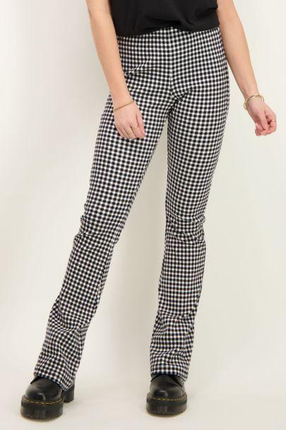 Zwart-witte flared broek met ruitjes