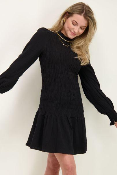 Zwarte jurk met smock