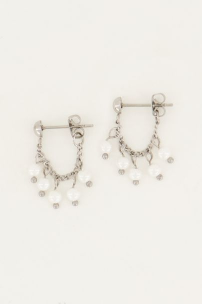 Earring chain pearls