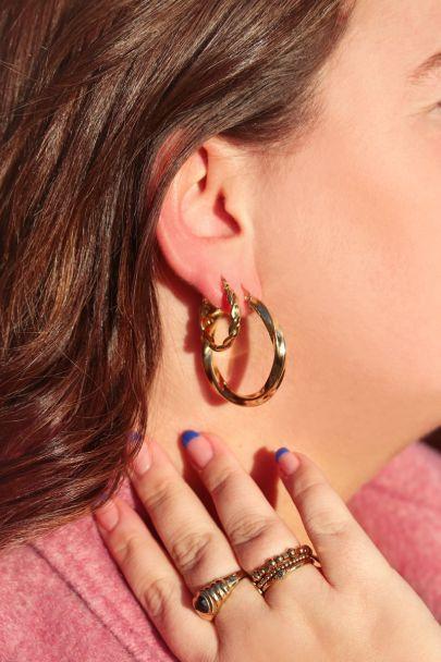 Runde Ohrringe mit Seilmuster