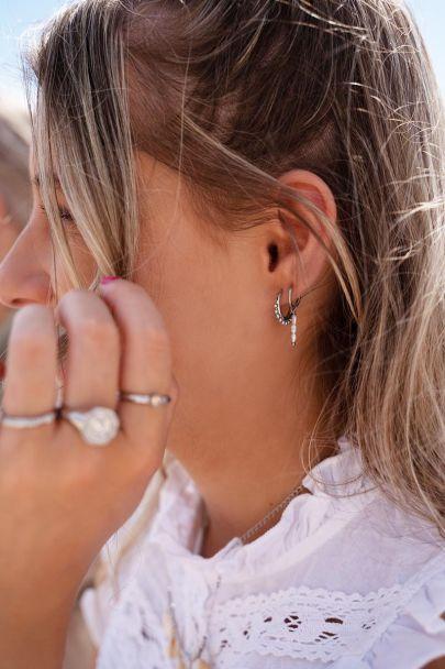 Earrings three pearls