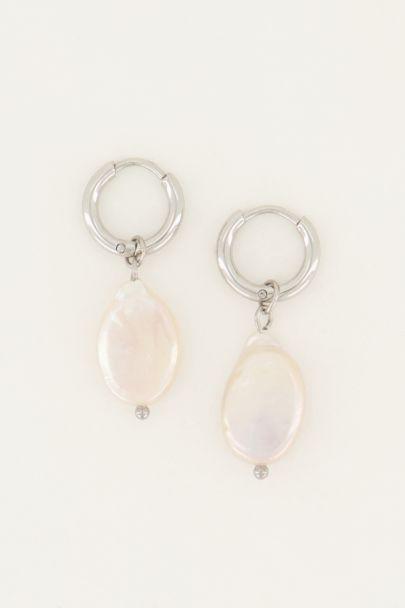 Earrings flat pearl