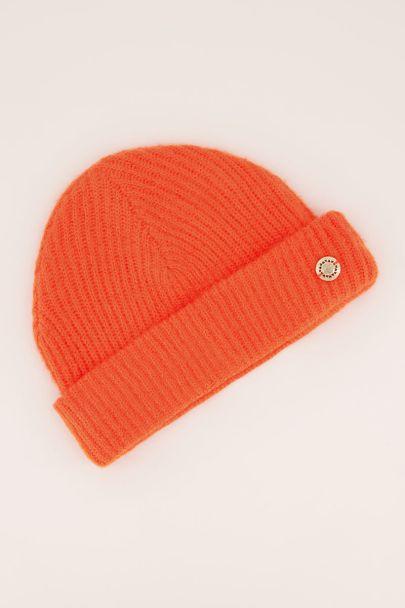 Oranje gekleurde muts