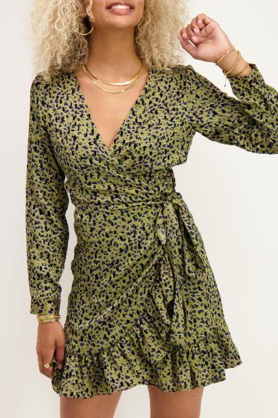 Wrap dress with leopard print