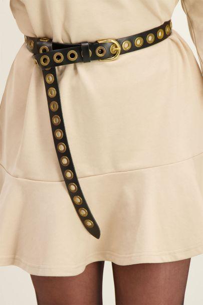 Zwarte leren riem met goudkleurige ringen
