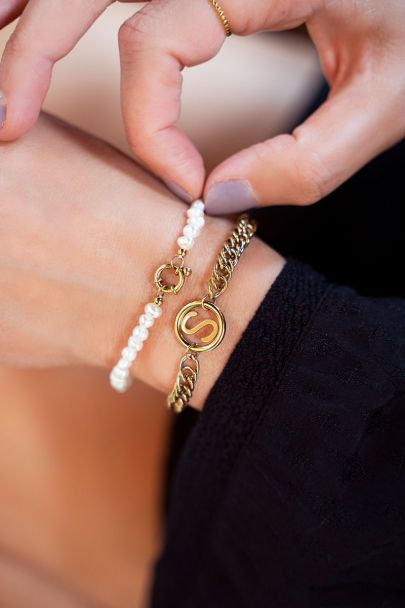 Parel kralen armband met slotje