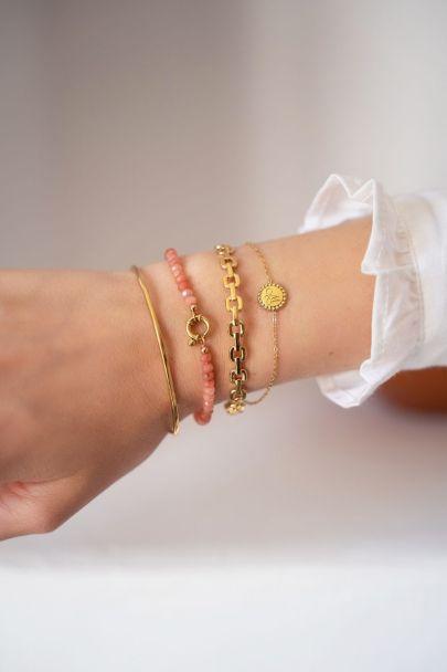 Peach kralen armband met slotje