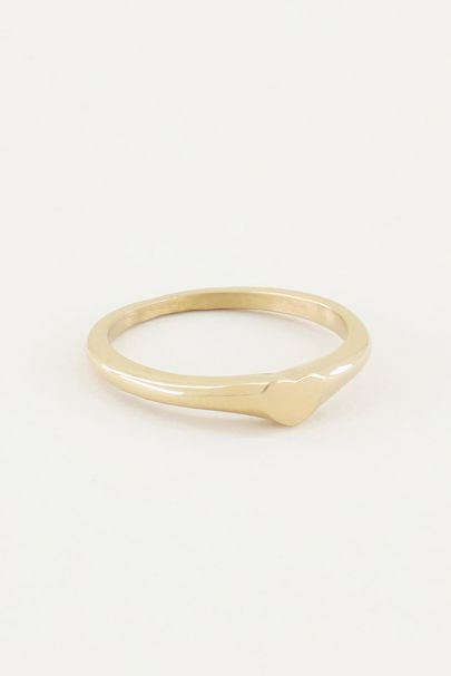 Ring with little heart, minimalistic ring
