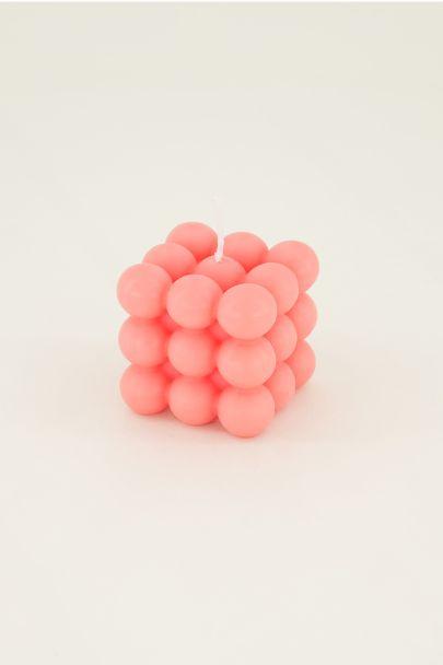 roze kaars met bolletjes