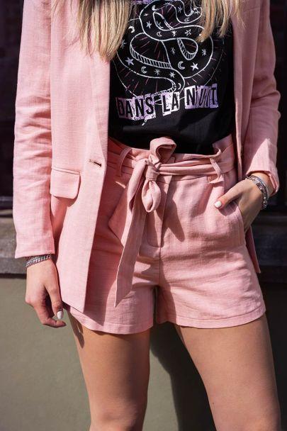 Roze short linnen look
