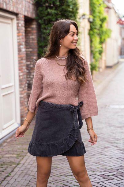 Roze trui met wijde mouwen