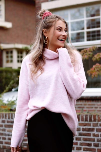 Light pink oversized sweater with turtleneck