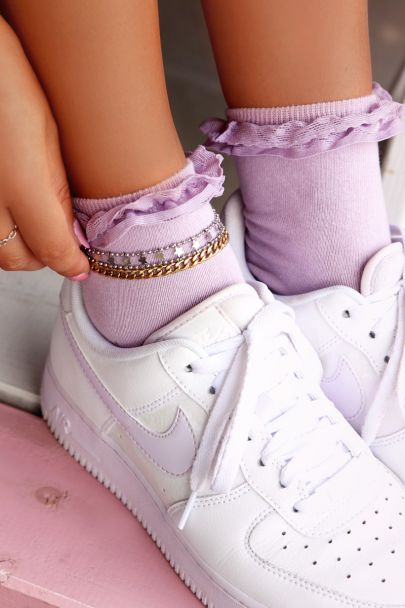 Lila sokken met ruffles