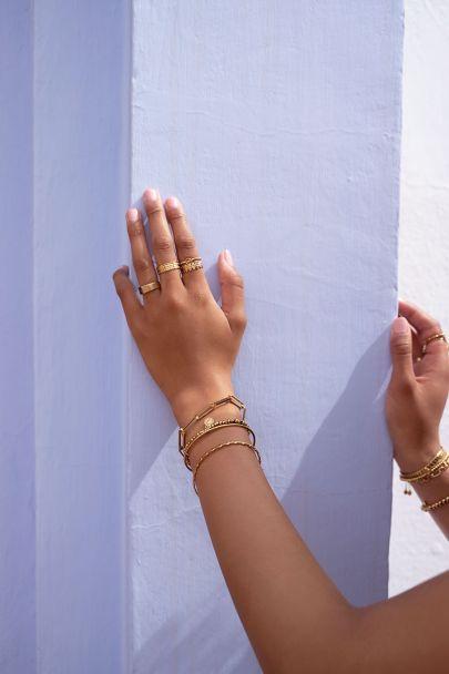 Stretch armband kleine stalen kralen