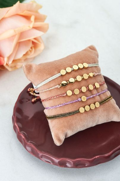 String bracelet clover