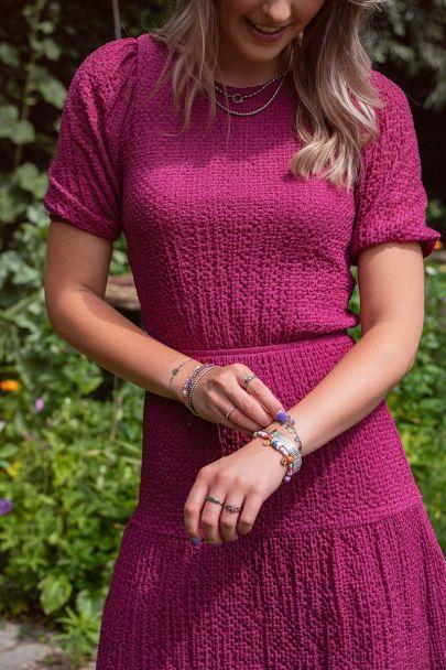 Fuchsia jurk met lagen & pofmouw